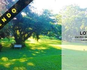 Lote en el cementerio Jardín de la Paz Lambaré