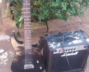 Guitarra eléctrica Jackson y Amplificador Marshall de 15 watts