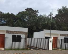 Duplex en Villa Elisa a 1 cuadra de Paso Medin