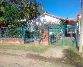 Casa en Luque barrio Bella Vista 167 m2 edificados