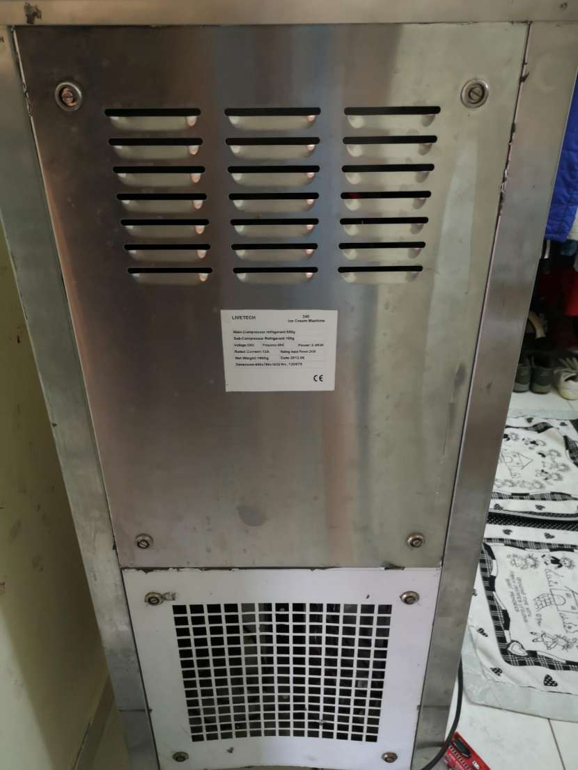 Máquina de helados soft livetech - 1