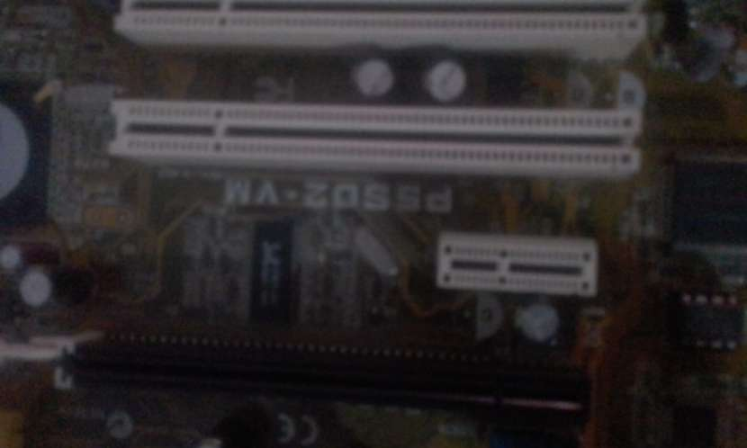 Placa Madre Asus p5s2d-vm - 0