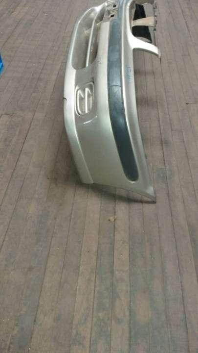 Paragolpe delantero para Nissan Sunny b15 - 0