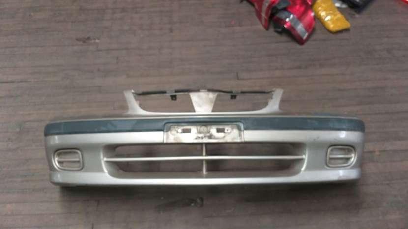 Paragolpe delantero para Nissan Sunny b15 - 2