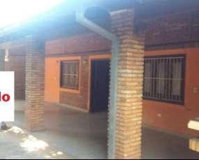 Casa en Villa Elisa Y5271