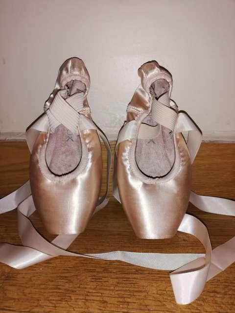Puntas Capezio para ballet clásico - 0