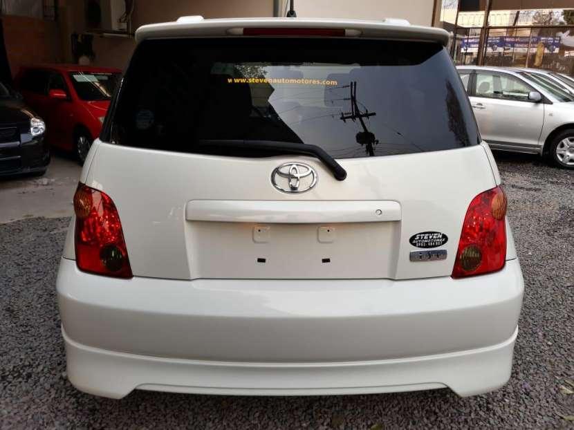 Toyota IST 2004 - 3