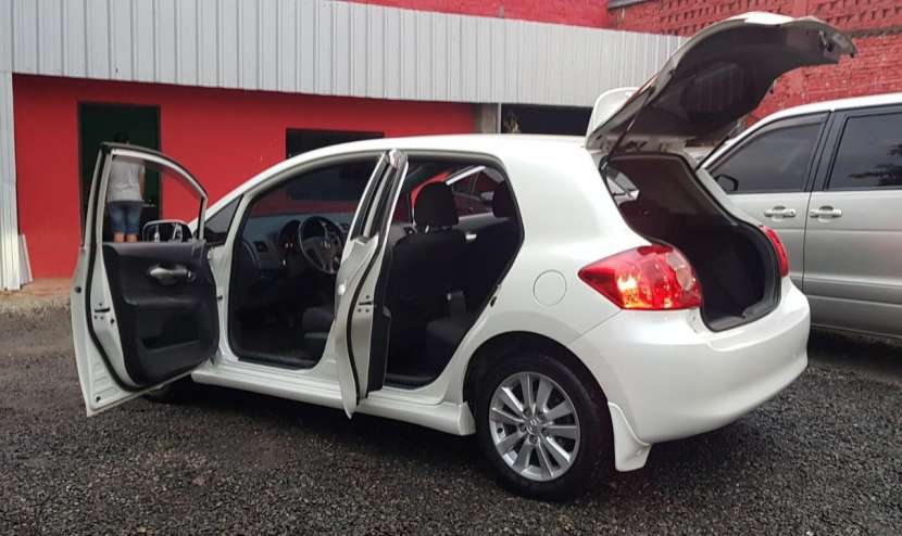 Toyota auris 2008 1.8 4x2 blanco perlado..llantas de magnesio... - 4