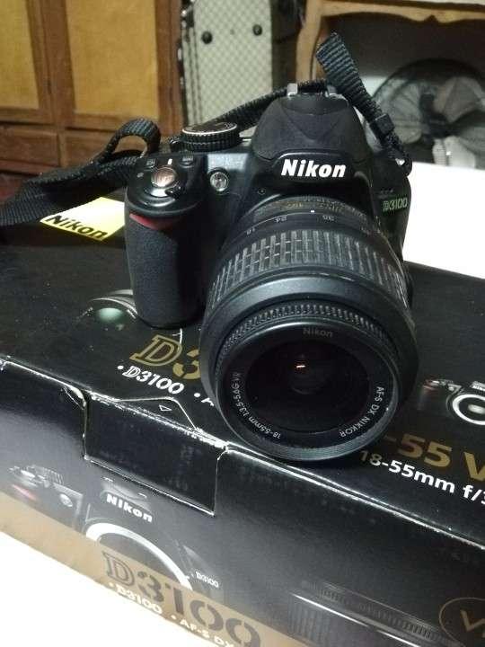 Cámara profesional Nikon d3100 - 2