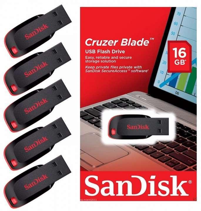 Pendrive SanDisk de 16 gb - 0
