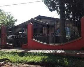 Casa en Villa Elisa E2236
