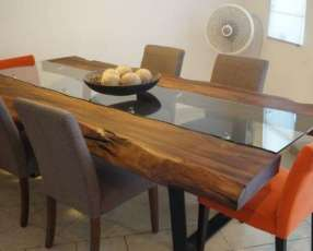 Mesa comedor de madera