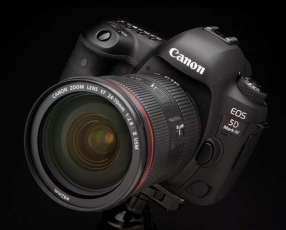 Cámara Canon EOS 5D Mark IV kit 24-105.
