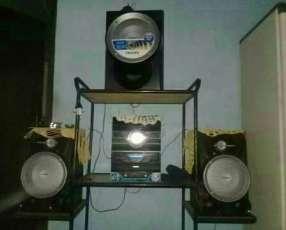 Equipo de sonido Philips 9900 watts