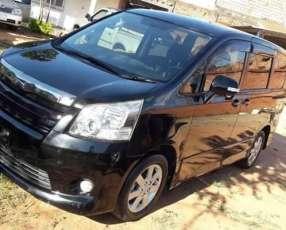 Toyota New Noah 2007 Serie s