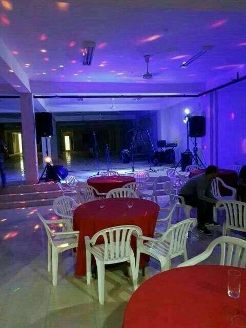Servicio de discoteca - 1