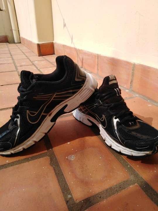 Championes Nike running - 4