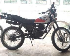 Moto Kenton 150 trx