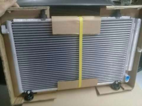 Condensador para aire acondicionado Toyota Platz IST Vitz FunCargo - 2