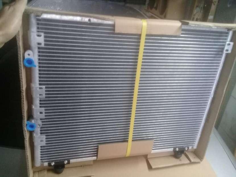 Condensador de Aire Acondicionado Toyota Regius Granvia - 0