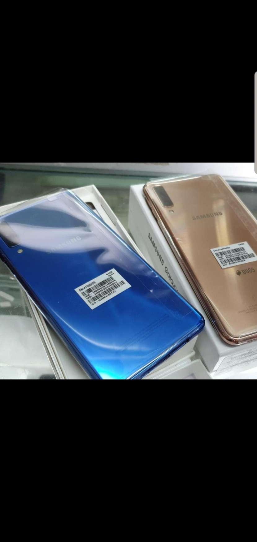 Samsung Galaxy A7 2018 - 0