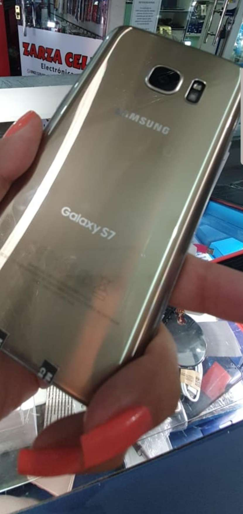 Samsung Galaxy S7 impecable - 0