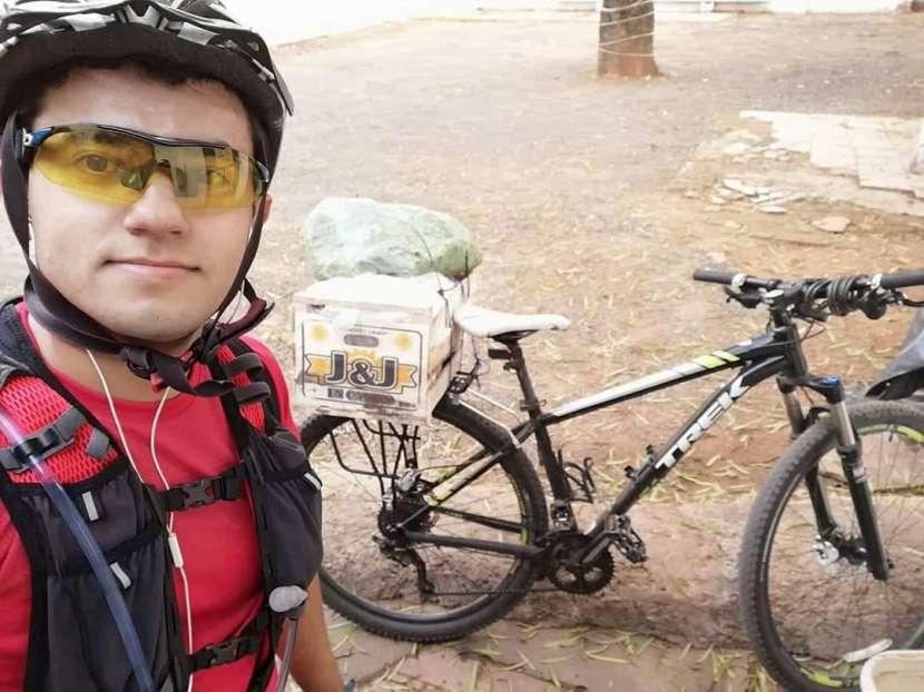 Porta bulto trasero para bicicleta - 0