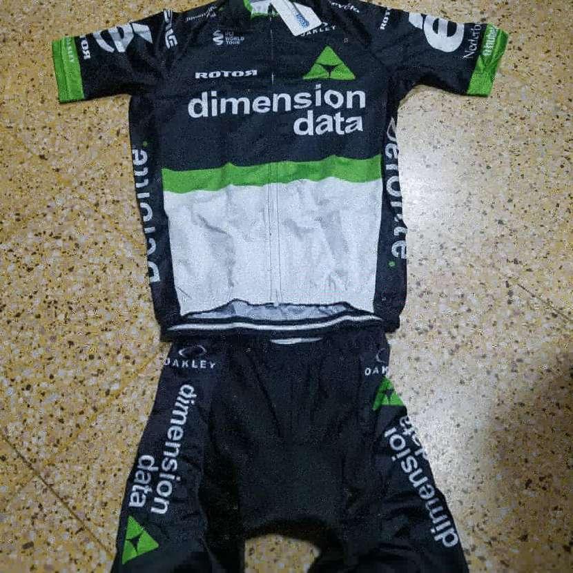 Conjuntos de ciclismo - 0