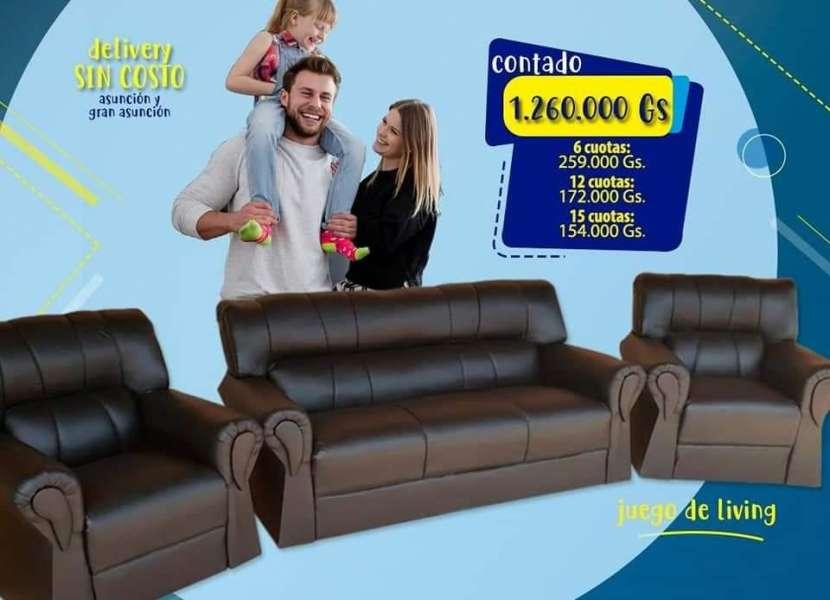 Sofá de cuerina - 1