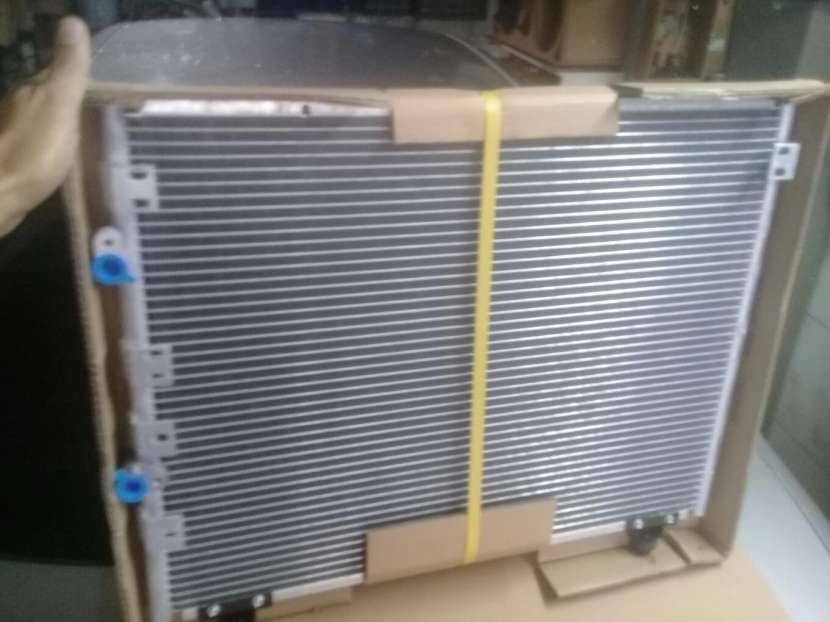 Condensador de Aire Acondicionado Toyota Regius Granvia - 1