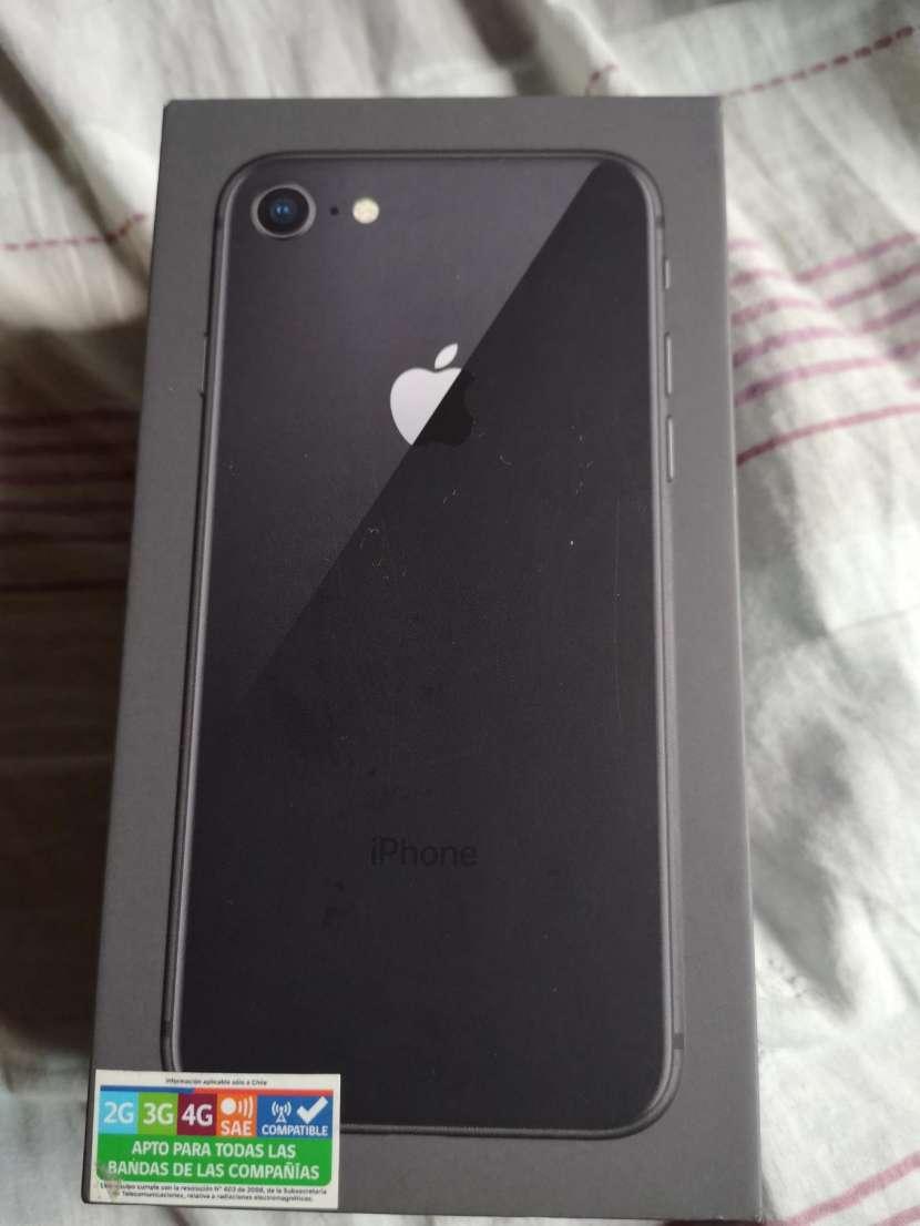 iPhone 8 de 64 gb - 1