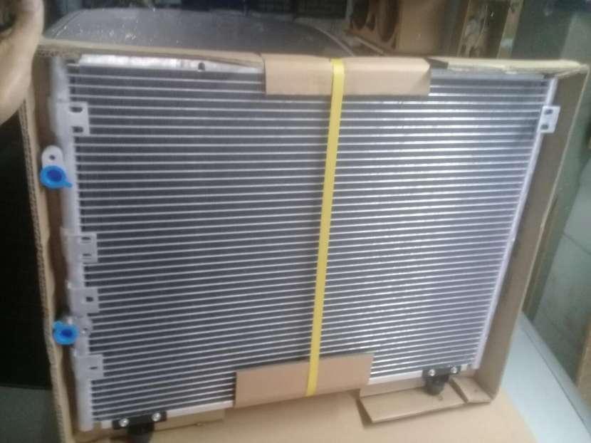 Condensador de Aire Acondicionado Toyota Regius Granvia - 2