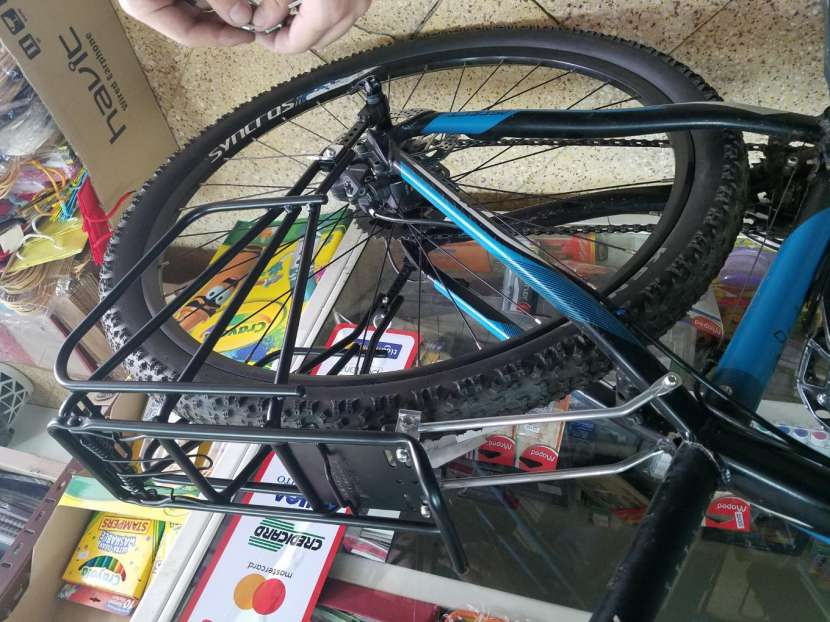 Porta bulto trasero para bicicleta - 3
