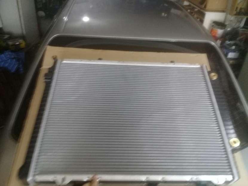 Radiador para Mercedes Benz C250 Turbo Diésel - 4