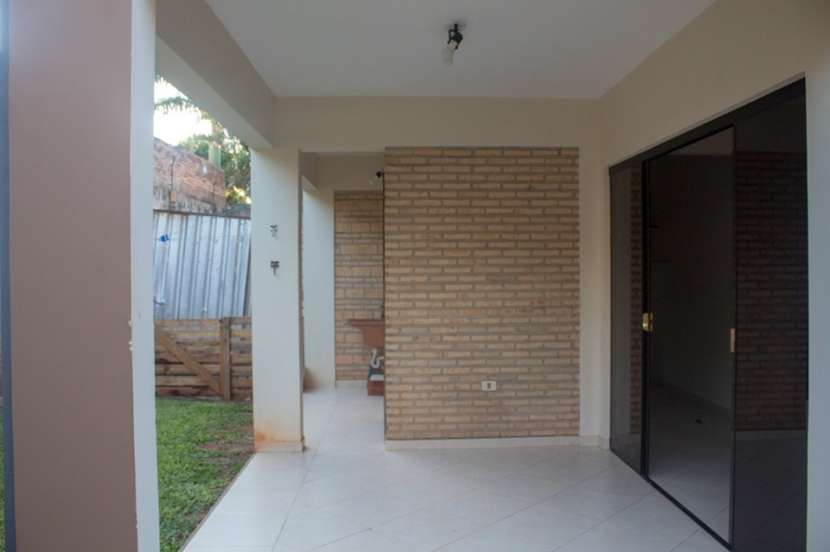 Duplex en Luque zona Los Jardines - 5