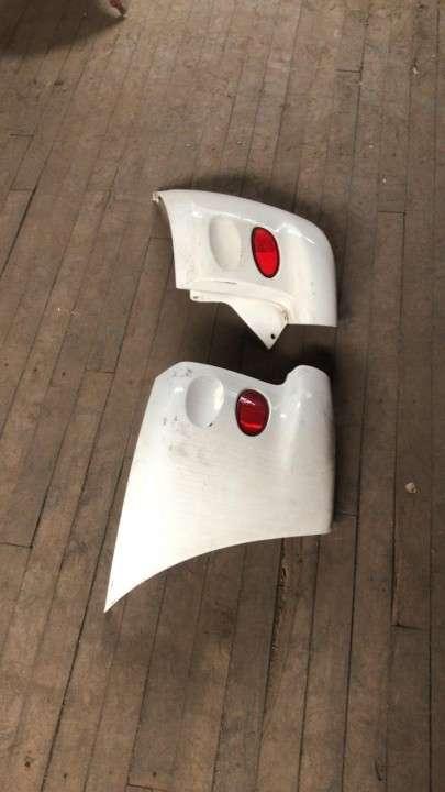 Puntera de paragolpe para toyota funcargo (Blanco) - 0