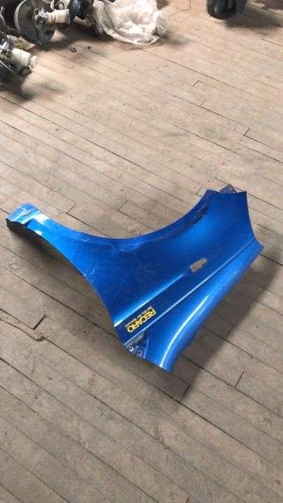 Guardabarro para toyota vitz (azul) - 2