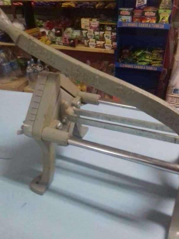 Máquina para cortar papas - 0