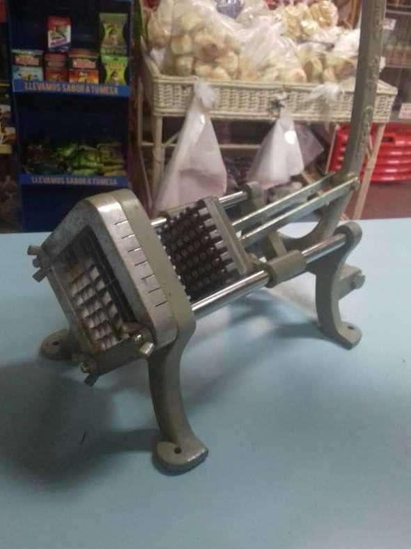 Máquina para cortar papas - 2