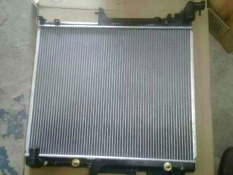 Radiador para Mitsubishi Triton - 2