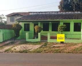 Casa entre Villa Elisa y Ñemby F3153