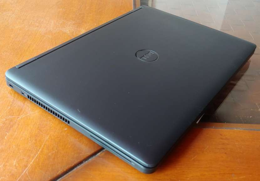Dell Latitude e5450 i5 8Gb 500HDD - 1