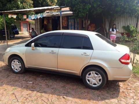 Nissan Tiida 2004 - 7