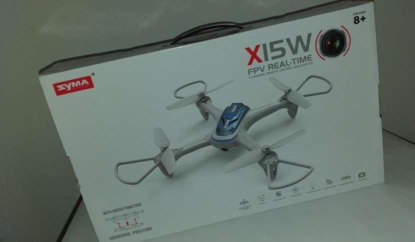 Drone SYMA X15 con cámara - 0