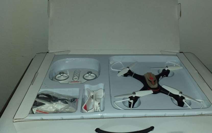 Drone SYMA X15 con cámara - 2