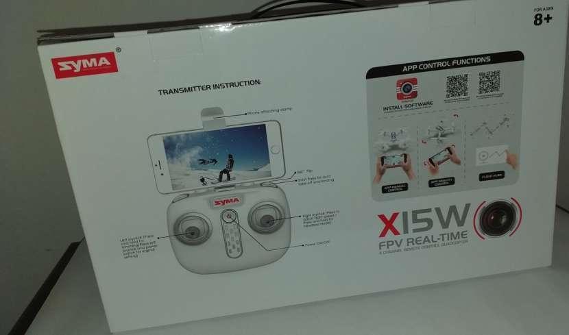 Drone SYMA X15 con cámara - 4