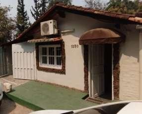 Casa Independiente zona villa morra