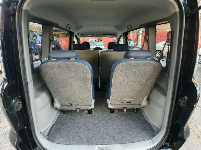 Toyota Sienta 2005 - 5