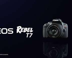 Cámara Canon T7i Kit Premium