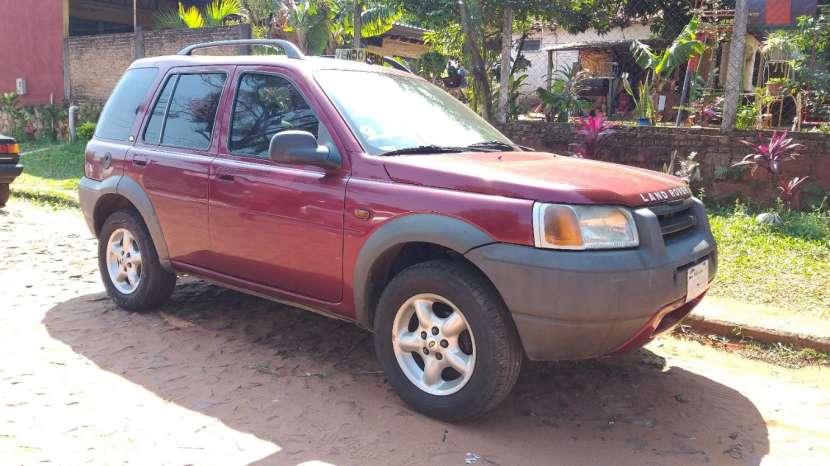 Land Rover 2000 - 0